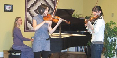 Freya accompanying violin duet